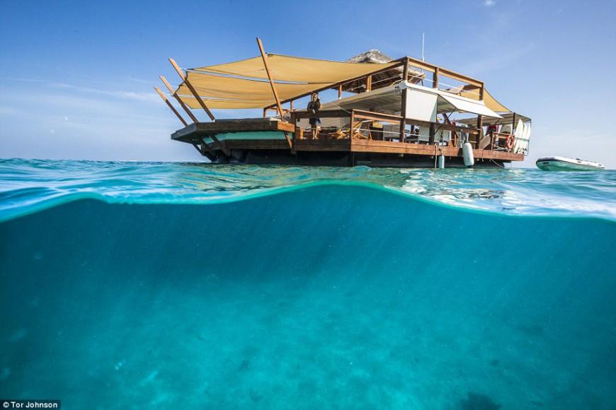 a slice of paradise, Cloud9, Fiji. Floating pizzeria